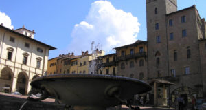 Piazza Grande, Arezzo. Arezzo. Author and Copyright Marco Ramerini