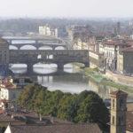 El Arno y los puentes de Florencia. Autor y Copyright Marco Ramerini.