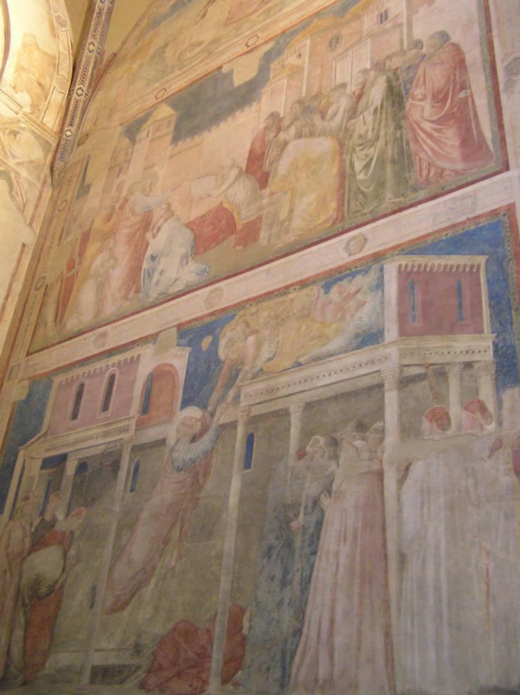 Los frescos de Giotto, Capilla Peruzzi, Basílica de Santa Croce, Florencia. Autor y Copyright Marco Ramerini
