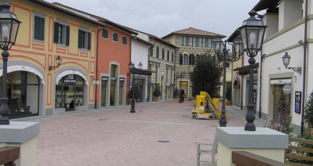 Barberino-Designer-Outlet-Barberino-del-Mugello-Firenze-620x330.jpg