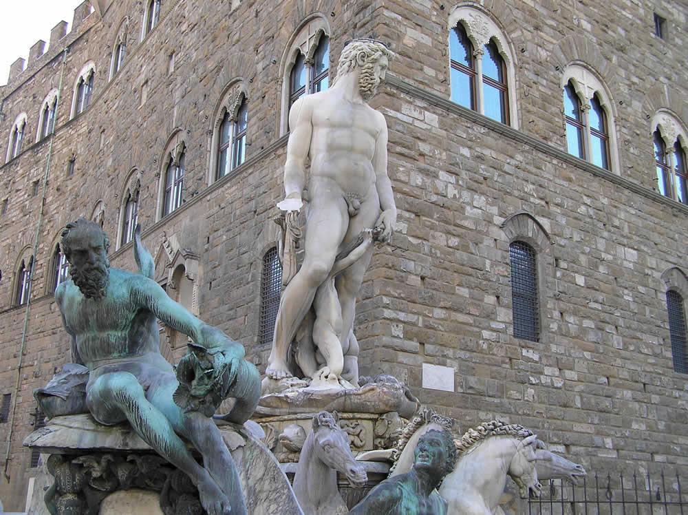 La Fuente de Neptuno (Biancone), Plaza de la Señoría, Florencia. Autor y Copyright Marco Ramerini.