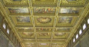 Il soffitto del Salone dei Cinquecento, Palazzo Vecchio, Firenze, Italia. Author and Copyright Marco Ramerini
