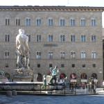 Palazzo delle Assicurazioni Generali, Plaza de la Señoría, Florencia. Autor y Copyright Marco Ramerini