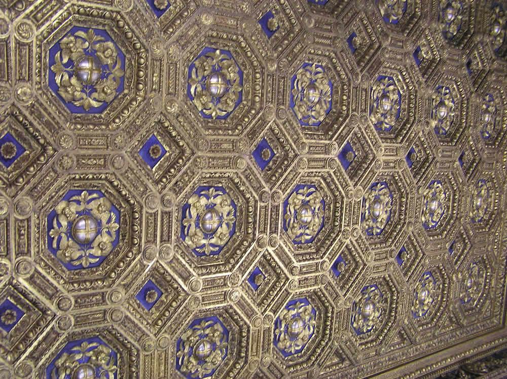 Soffitto, Sala dell'Udienza, Palazzo Vecchio, Firenze. Author and Copyright Marco Ramerini ...