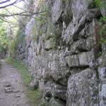 Un tratto della passeggiata lungo le mura, Roselle, Grosseto. Author and Copyright Marco Ramerini