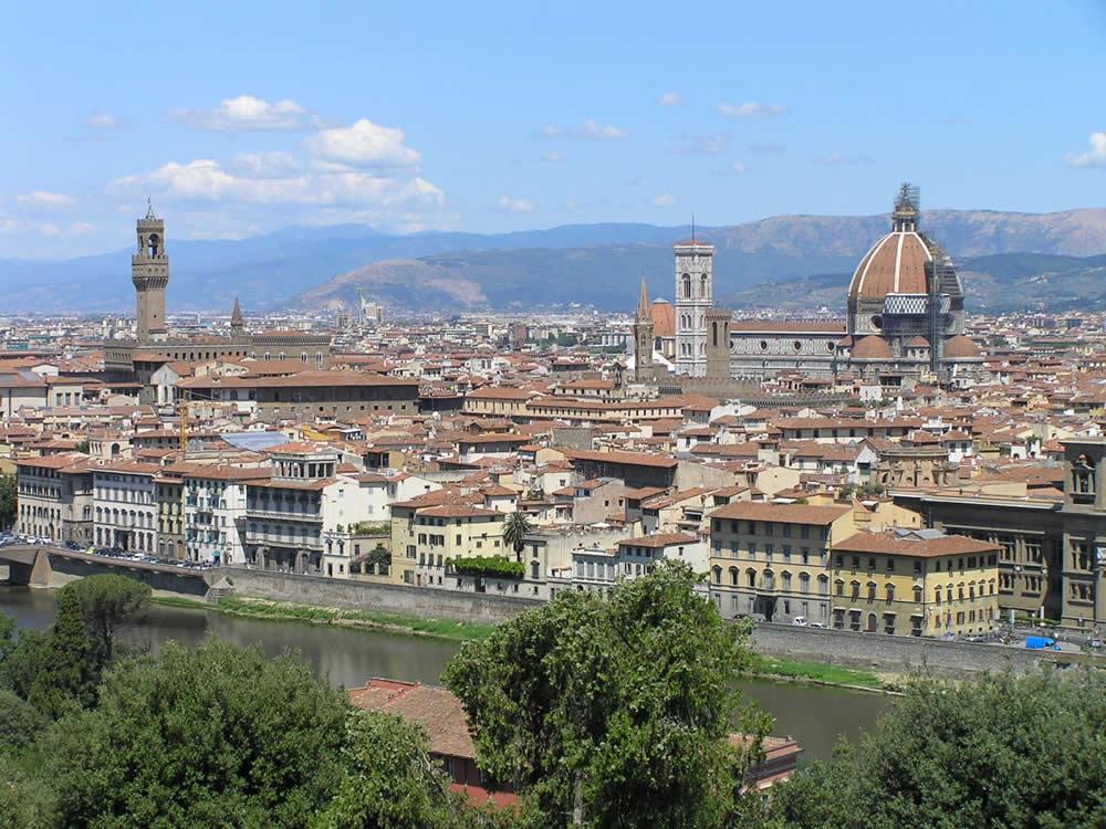 Vista desde el Piazzale Michelangelo, Florencia. Autor y Copyright Marco Ramerini