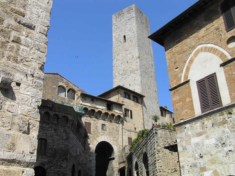 Arco dei Becci, San Gimignano, Siena. Author and Copyright Marco Ramerini
