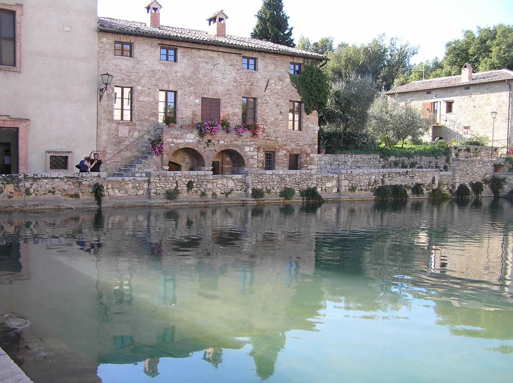 Bagno vignoni san quirico d 39 orcia siena author and - Bagno a vignoni ...