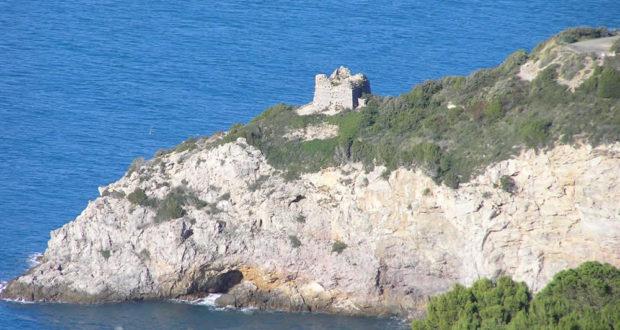 La Torre di Calamoresca, Monte Argentario, Grosseto. Author and Copyright Marco Ramerini