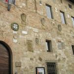 La facciata del Palazzo Pretorio, sede del Museo Archeologico, Colle Val d'Elsa, Siena. Author and Copyright Marco Ramerini
