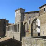 L'acquedotto mediceo, Pitigliano, Grosseto. Author and Copyright Marco Ramerini