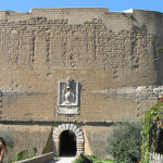 L'ingresso alla Rocca degli Orsini, Sorano, Grosseto. Author and Copyright Marco Ramerini