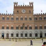 Palazzo Pubblico, Piazza del Campo, Siena. Author and Copyright Marco Ramerini