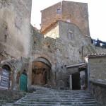 Porta di Sovana o Porta Capo di Sotto, Pitigliano, Grosseto. Author and Copyright Marco Ramerini