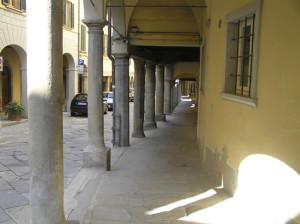I portici di Poppi, Arezzo. Autore e Copyright Marco Ramerini.