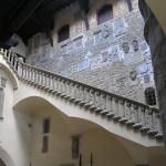 Il cortile del Castello dei Conti Guidi, Poppi, Arezzo. Autore e Copyright Marco Ramerini