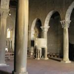 L'interno della Pieve di Gropina, Loro Ciuffenna, Arezzo. Autore e Copyright Marco Ramerini