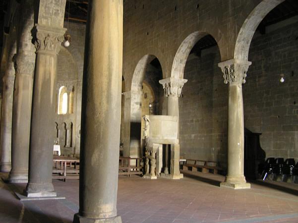 L 39 Interno Della Pieve Di Gropina Loro Ciuffenna Arezzo