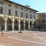 Palazzo delle Logge, Piazza Grande, Arezzo. Autore e Copyright Marco Ramerini