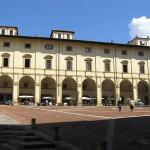 Palazzo delle Logge, Piazza Grande, Arezzo. Autore e Copyright Marco Ramerini.