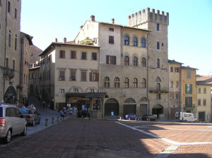Piazza Grande, Arezzo. Auteur et Copyright Marco Ramerini..