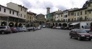 Piazza del Mercato, Greve in Chianti, Firenze. Autore e Copyright Marco Ramerini