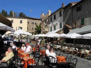 Piazzetta, Montecatini Alto. Autore e Copyright Marco Ramerini