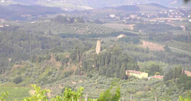 La torre di Pogni vista da Marcialla, Barberino Val d'Elsa, Firenze. Author and Copyright Marco Ramerini