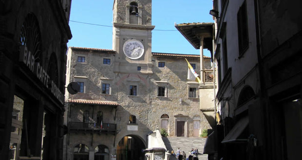Palazzo Comunale, Cortona, Arezzo. Autor y Copyright Marco Ramerini.