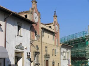 Piazza Machiavelli, Montespertoli, Firenze. Author and Copyright Marco Ramerini