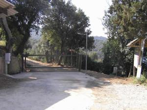 Il punto di partenza del sentiero per Cala Violina, Scarlino, Grosseto. Author and Copyright Marco Ramerini