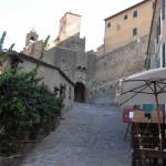La Porta Urbica, costruita nel 1608. Castiglione della Pescaia. Author and Copyright Marco Ramerini