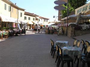 La via centrale di Castiglione della Pescaia. Author and Copyright Marco Ramerini