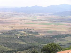 Paesaggio sulla pianura maremmana visto da Vetulonia. Author and Copyright Marco Ramerini