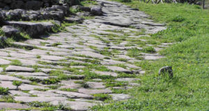 Roman road, Vetulonia. Author and Copyright Marco Ramerini