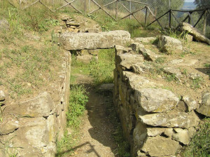 Tomba etrusca del Bevedere, Vetulonia. Author and Copyright Marco Ramerini