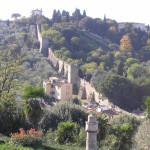 Justo al lado del Piazzale Michelangelo es la sección mejor conservado de las murallas de la ciudad de Florencia. Autor y Copyright Marco Ramerini