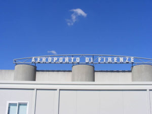 Aeroporto di Firenze, Italia. Author Mattes. No Copyright.