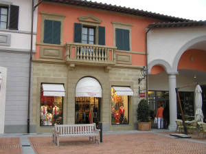Barberino Designer Outlet, Barberino del Mugello, Firenze.