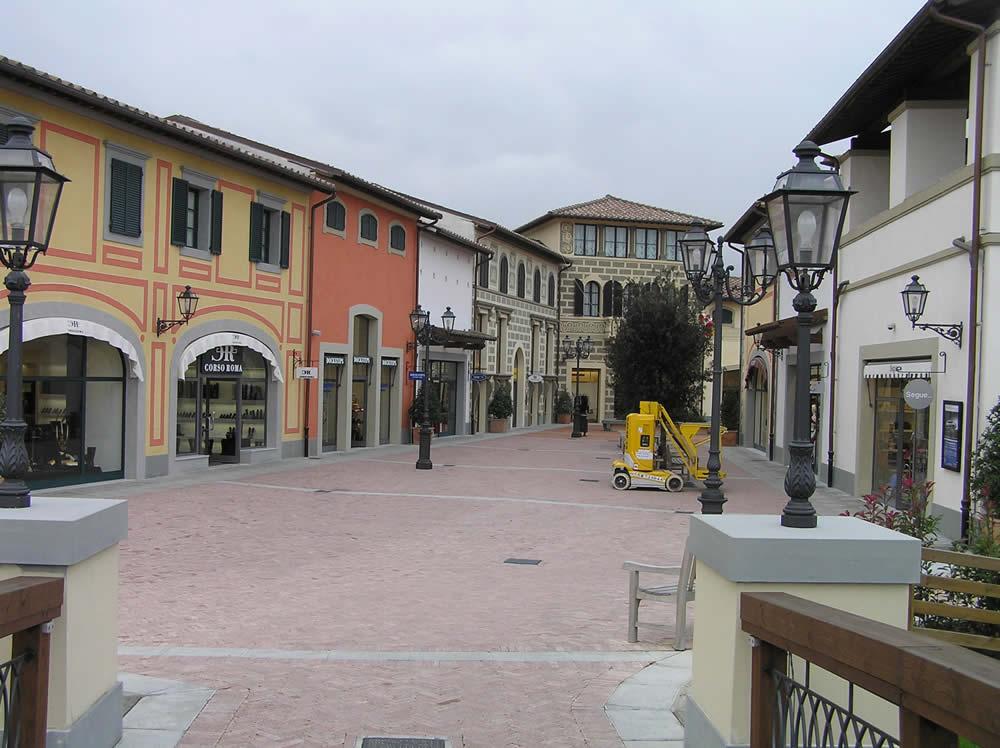 del di Made di Italy Barberino il Borghi Mugello in regno Outlet wgXqvOxF