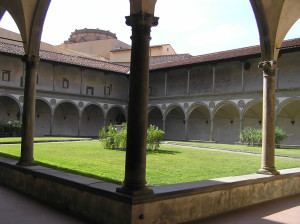 Il secondo Chiostro, Basilica di Santa Croce, Firenze. Author and Copyright Marco Ramerini
