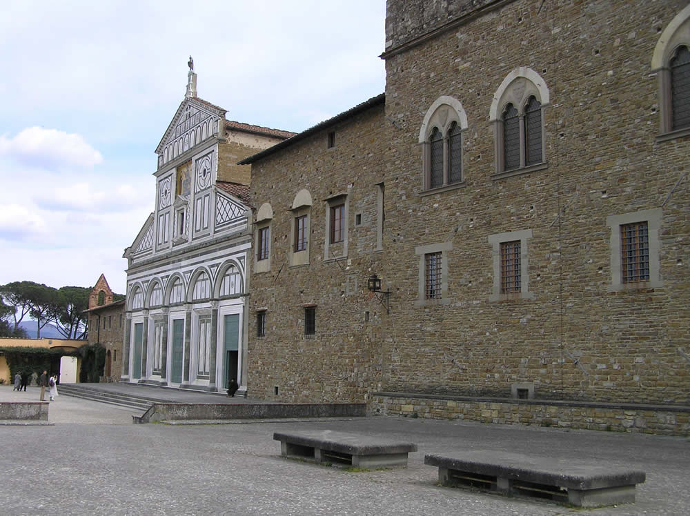 La facciata della Basilica di San Miniato al Monte e il Palazzo dei Vescovi, Firenze. Author and Copyright Marco Ramerini