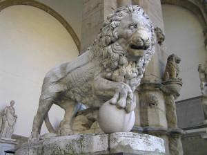 Leone. Loggia della Signoria o Loggia dei Lanzi, Piazza della Signoria, Firenze, Italia. Author and Copyright Marco Ramerini,,
