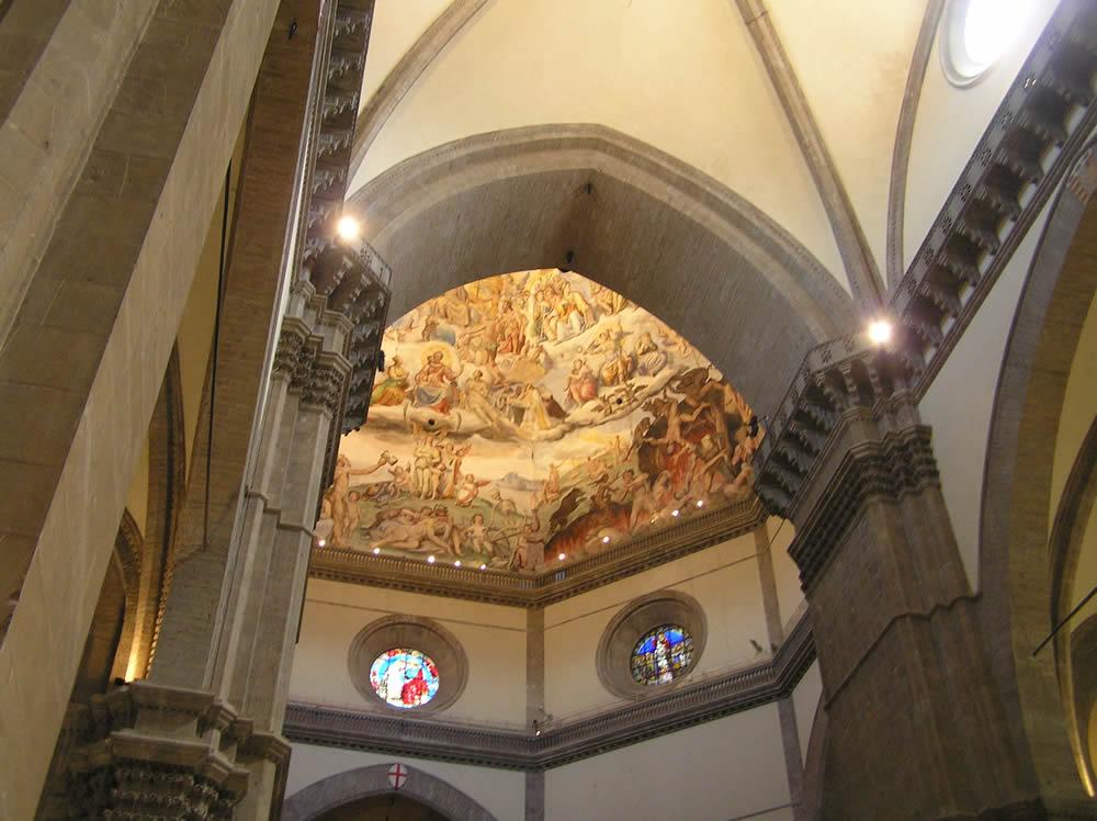 L'interno del Duomo, Firenze, Italia. Author and Copyright Marco Ramerini