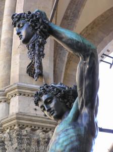 Perseo di Benvenuto Cellini. Loggia della Signoria o Loggia dei Lanzi, Piazza della Signoria, Firenze, Italia. Author and Copyright Marco Ramerini.