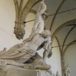 Pirro qui enlève Polyxène de Pio Fedi. Loggia della Signoria ou Loggia dei Lanzi, Piazza della Signoria, Florence. Author and Copyright Marco Ramerini