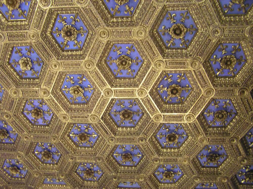 Soffitto, Sala dei Gigli, Palazzo Vecchio, Firenze. Author and Copyright Marco Ramerini ...