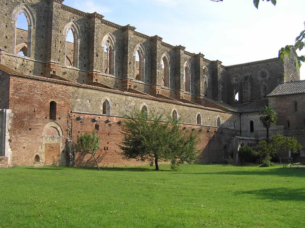 Abbazia di San Galgano, Chiusdino, Siena,,. Author and Copyright Marco Ramerini