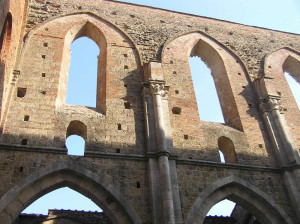 Abbaye de San Galgano, Chiusdino, Sienne. Auteur et Copyright Marco Ramerini.