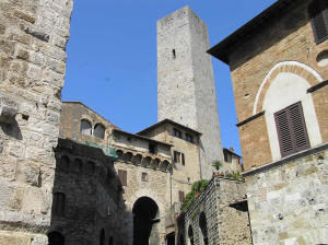 Arco dei Becci, San Gimignano, Sienne. Author and Copyright Marco Ramerini